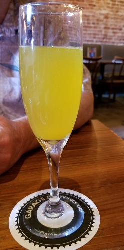 mimosa at the Hopping Pig